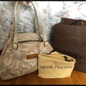 Louis Vuitton Rose Tahittienne Beige Tote Bag